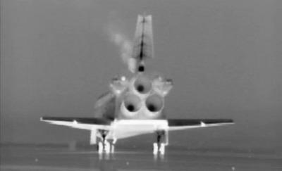 Atlantis landing on the Shuttle Landing Facility